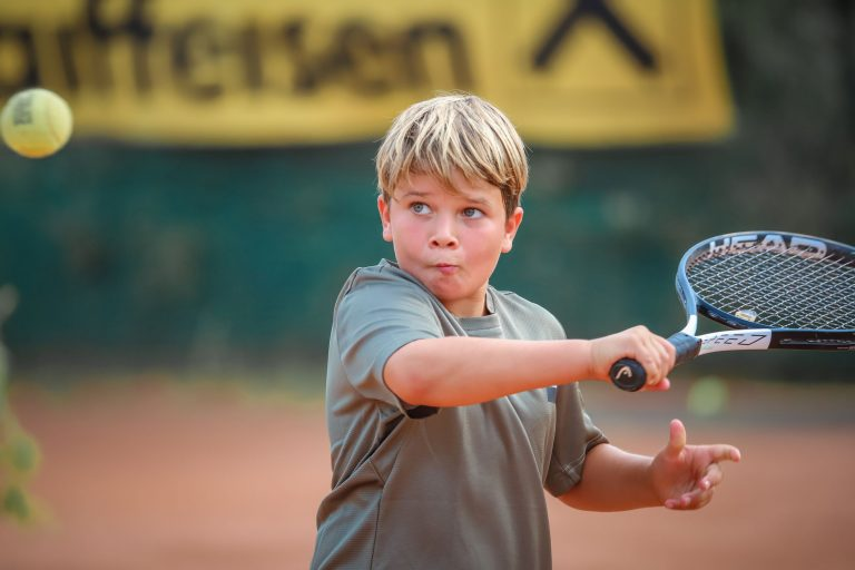 Jonas | Jugend-Tennisspieler